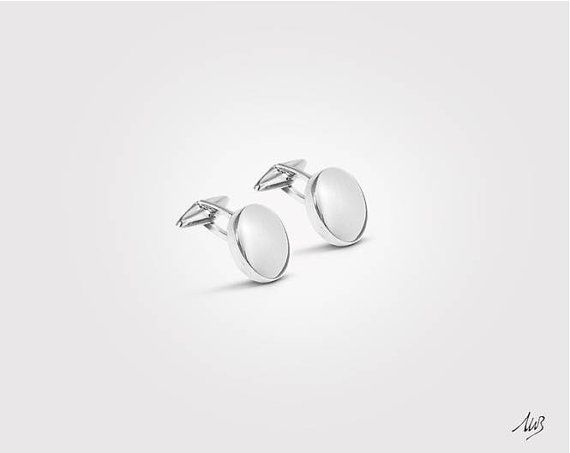Silver Cufflinks, Classic Round Cufflinks, customizable for example with your initials engraving, Solid 925 Silver  €122,00 EUR
