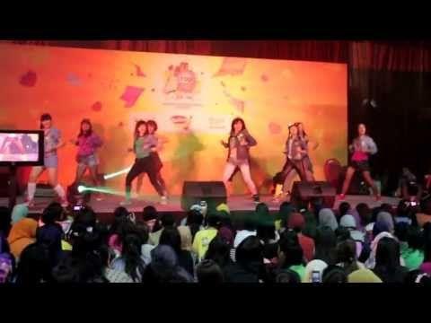 Girls' Generation 소녀시대 - I GOT A BOY LIVE  http://foreverdancecrew.com