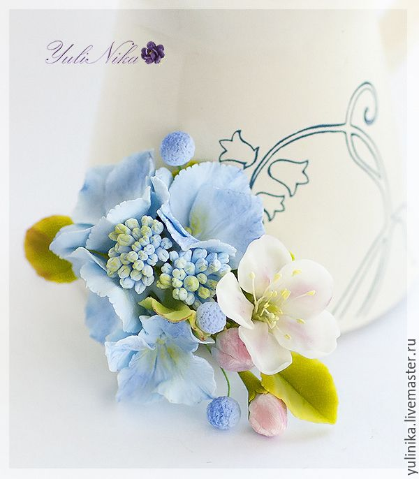 Купить Брошь с голубой гортензией - голубой, розовый, гортензия, яблоня, цветы яблони, цветы гортензии