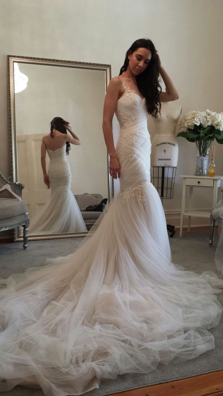 Giuliana rancic 2014 oscars paolo sebastian dress - The Beautiful Flor In Her Paolo Sebastian Gown During Her Final Fitting