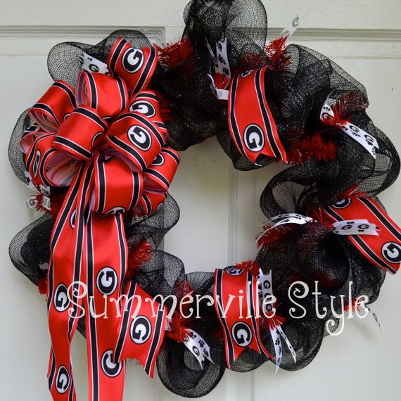 University of Georgia Bulldogs Wreath by SummervilleStyle on Etsy, $52.00. Love the black and red and textures.