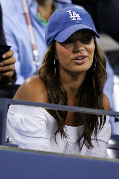 Wavy hair, Baseball cap & hoops, natural glam, love it! So my sports style :)