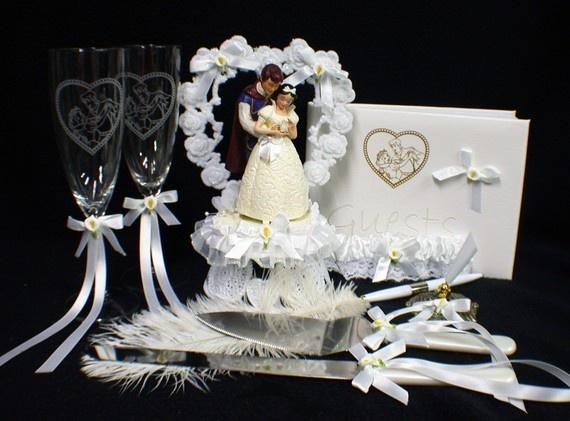 Snow white wedding cake topper