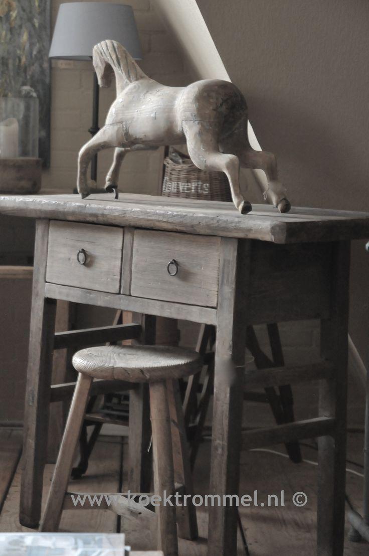 sobere, pure meubelen en decoraties