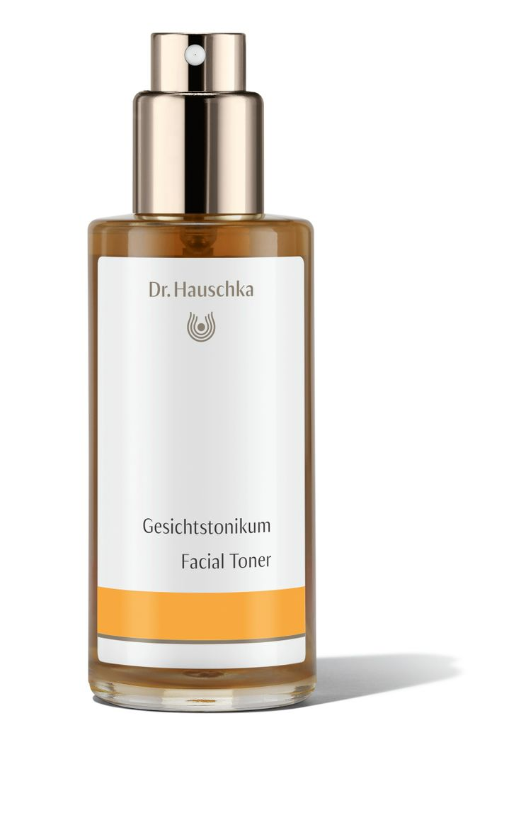 Facial Toner in a new design.  Facial Toner supports the skin's natural processes of cleansing and renewal, minimising the appearance of pores, balancing moisture and oil content and leaving skin looking and feeling healthy, toned and radiant. Facial Toner is the ideal daily care product for normal, dry and sensitive skin, as well as skin that is in need of regeneration.