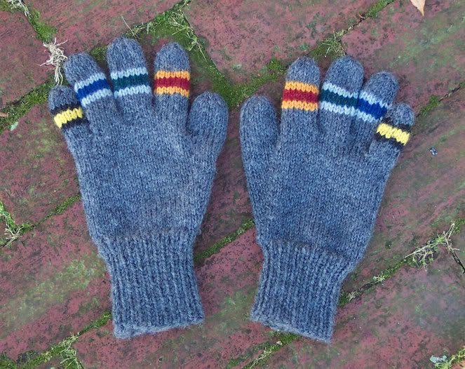 free #knitting pattern for House #Gloves - intermediate knitter level