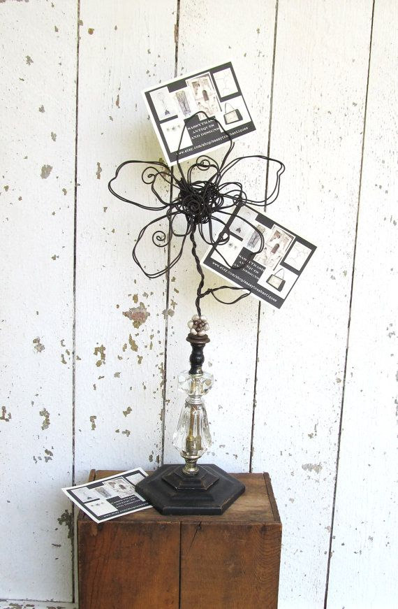 I love the wire flower.  Wonder if I could make one.