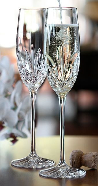 Cashs Shannon Champagne Toasting Flutes, Pair