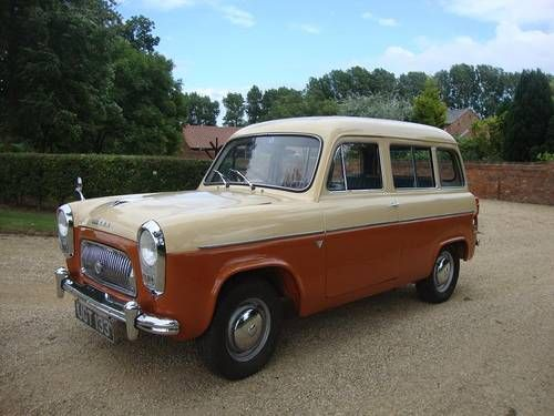 FORD 100E SQUIRE ESTATE (1958) Maintenance/restoration of old/vintage vehicles: the material for new cogs/casters/gears/pads could be cast polyamide which I (Cast polyamide) can produce. My contact: tatjana.alic14@gmail.com