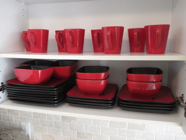 IKEA DISH SET RED Content sale from trendy Barrhaven home – 216 Serena Way, Ottawa ON. Sale will take place Saturday, April 18th 2015, from 9am to 2pm. Visit www.sellmystuffcanada.com for full sale description and photos of all available items!