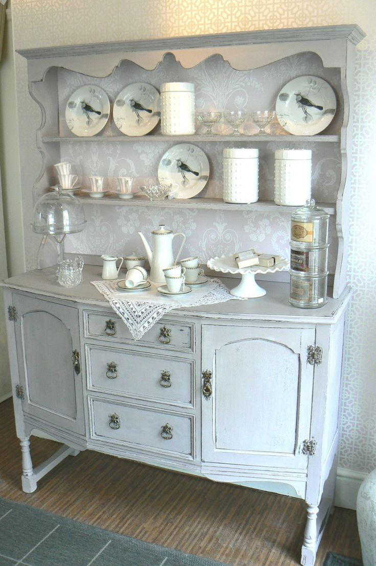 17 best images about shabby chic dressers on pinterest painted hutch gray and shabby chic. Black Bedroom Furniture Sets. Home Design Ideas