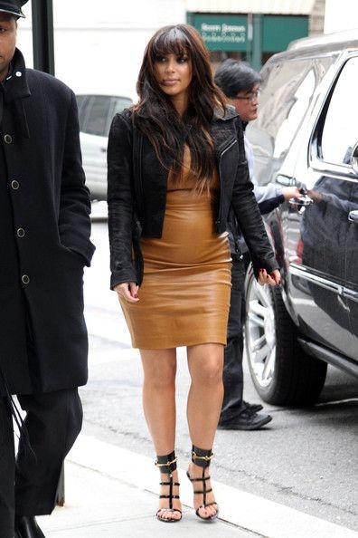 Kim Kardashian - Kim Kardashian Busy in NYC