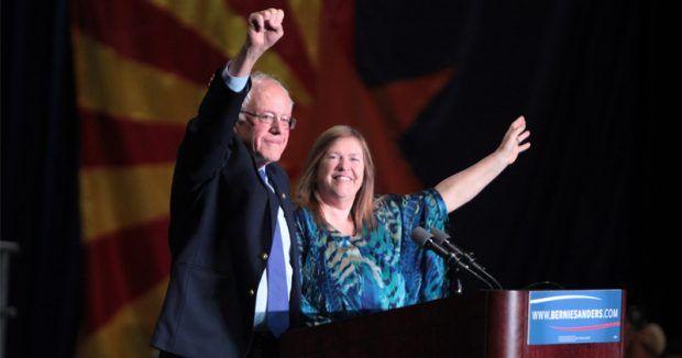 "Socialism: Bernie Sanders' Wife Bankrupts College, Forcing Its Closure  PrintThe Alex Jones ChannelAlex Jones Show podcastPrison Planet TVInfowars.com TwitterAlex Jones' FacebookInfowars store Bernie pushes ""free college"" while his wife bankrupts school"