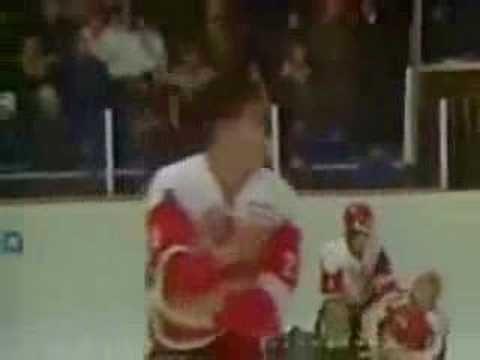 Легендарный хоккейный мордобой СССР - Канада 87 года (hokk ВОТ ТАК ПО-РУССКИ  КАНАДЦАМ.И СТАЛИ БОЯТЬСЯ РУССКИХ. Легендарный хоккейный мордобой СССР - Канада 87 года   (hokk