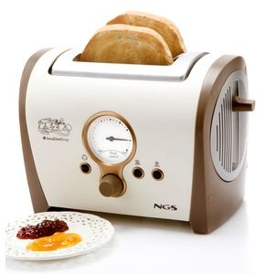 17 best ideas about toasters on pinterest toaster beach style toasters and small cooker - Grille pain radio russell hobbs ...