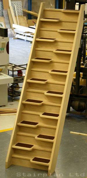 Best Oak Space Saving Staircase With Images Space Saving 400 x 300