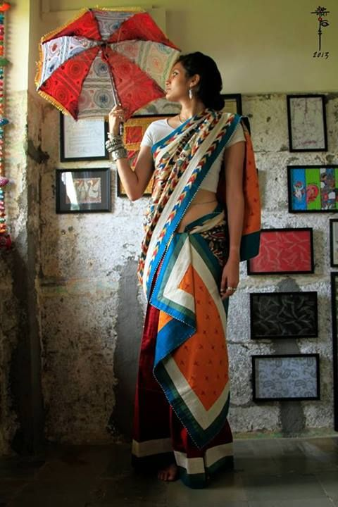 I love everything about this photo, esp the saree