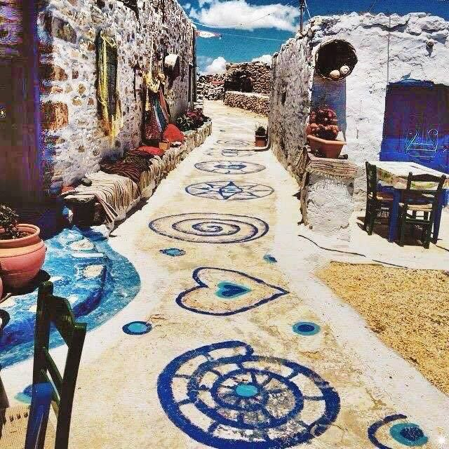 Follow the path Koufonisia, Greece