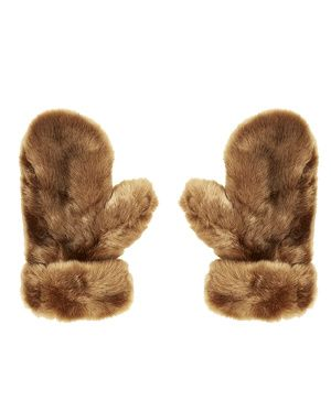 13 best images about fourrure on pinterest coats chloe. Black Bedroom Furniture Sets. Home Design Ideas