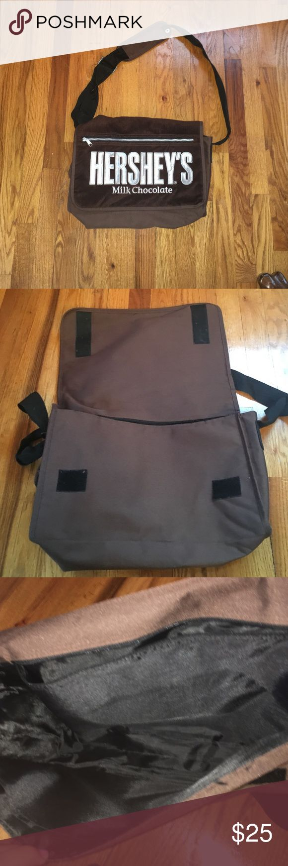 SALE 💼👛👝Hershey Bar Messenger bag large Brown soft side bag no signs or wear it's a good bag for kids for school or sleepovers or anything. 15 1/2, by 11 in Hershey Accessories Bags