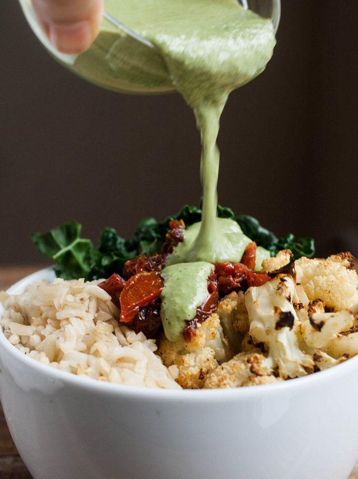 easy pesto veggie bowl