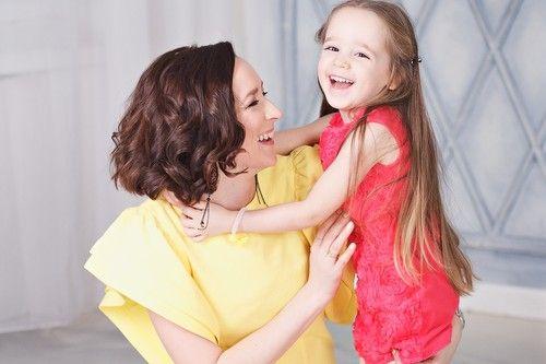 мама и дочь, мама и дочь смеются, annarost.ru
