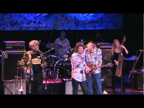 Elvin Bishop with Mickey Thomas, Fooled Around Fell In Love, LRBC 10 27 ...