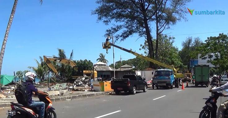 53 Warung di Kawasan Pantai Padang Dibongkar