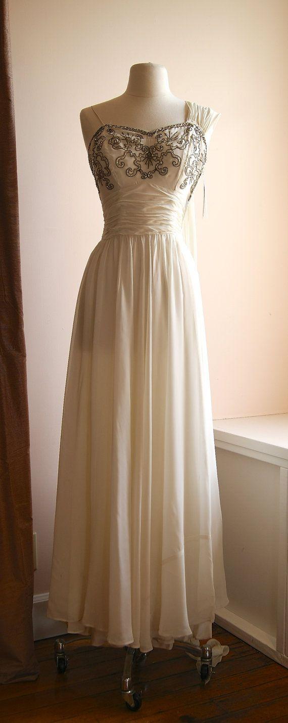 Vintage Wedding Dress // 1940's Beaded Chiffon Wedding Gown By Carolyn #laurelridgecc #weddingdresses