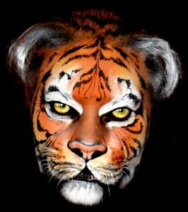 17 beste afbeeldingen over face painting cats and tigers tijger en kat schminken op pinterest. Black Bedroom Furniture Sets. Home Design Ideas