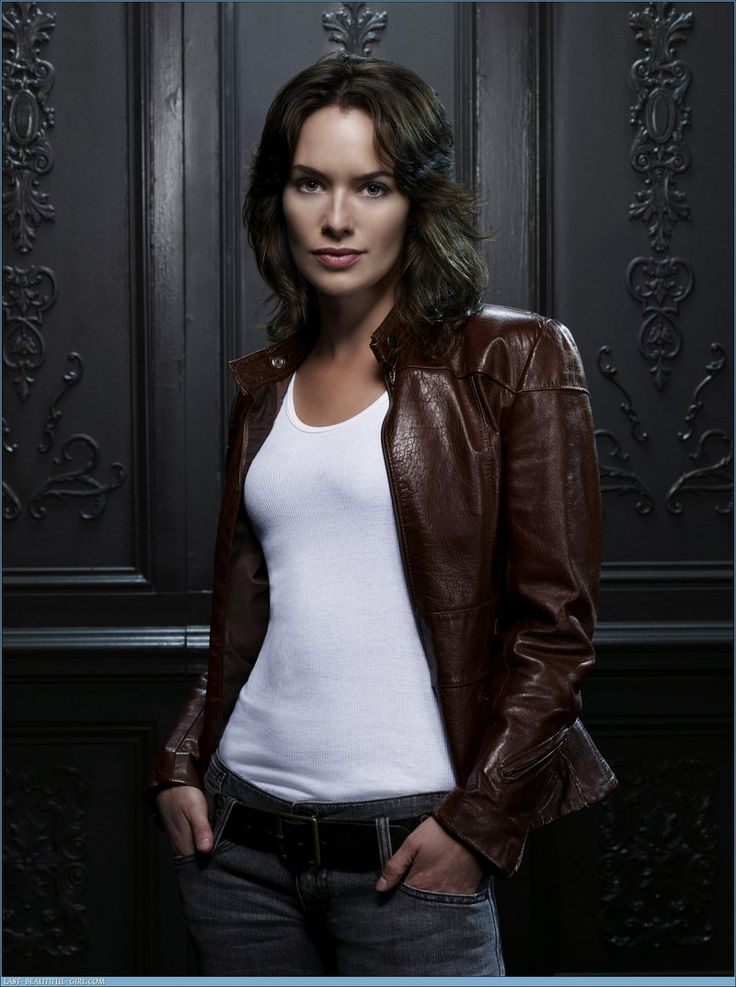 Lena Heady.   She's great as Cersei in Game of Thrones, but the blonde hair is a terrible look for her.      Google Image Result for http://goodfilmguide.co.uk/wp-content/uploads/2012/01/Lena-Headey.jpg