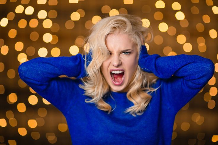 CRUSH YOUR HOLIDAY FRAZZLE WITH 4 SIMPLE STEPS