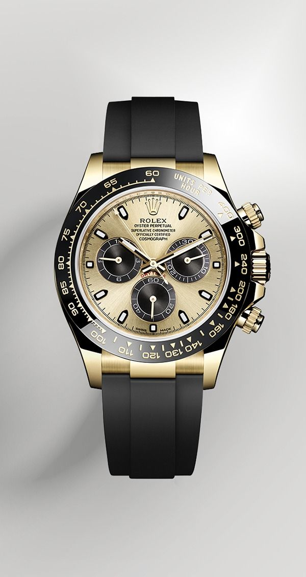 Rolex is introducing the new Cosmograph Daytona in 18 ct gold with a monobloc Cerachrom bezel in black ceramic. The black bezel is reminiscent of the 1965 model that was fitted with a black Plexiglas bezel insert.