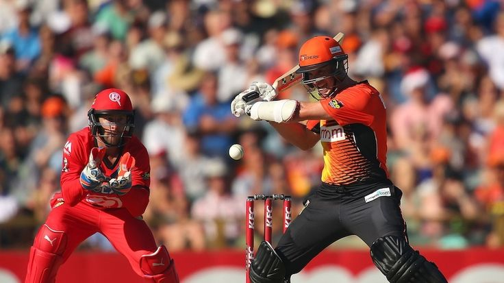 #Cricket #Football Boxing Day sport Perth Scorchers host the Melbourne Renegades at the WACA in the T20 Big Bash http://ozsportsreviews.com/category/cricket/