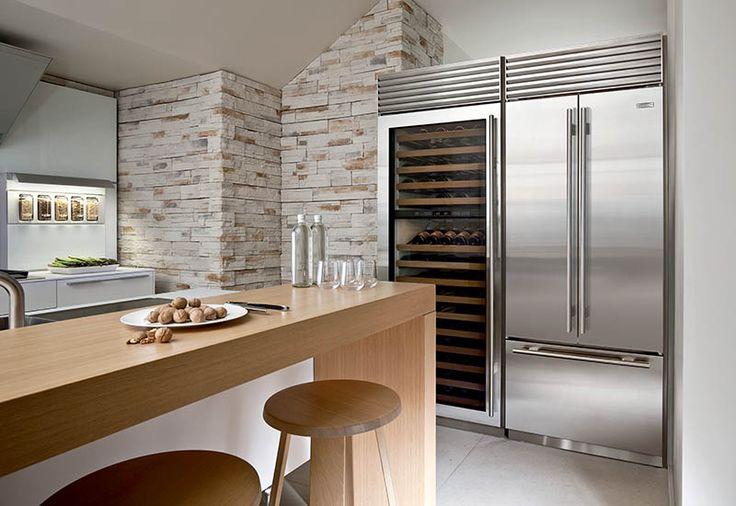 """Refrigerador de 36"""" com porta francesa (BI-36UFD) + Cave de Vinhos (WS30), em uma instalação dual"""