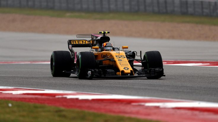 Carlos Sainz Renault Sport F1 Team RS17 practice at Circuit of the Americas, Austin, Texas - Friday 20 October 2017