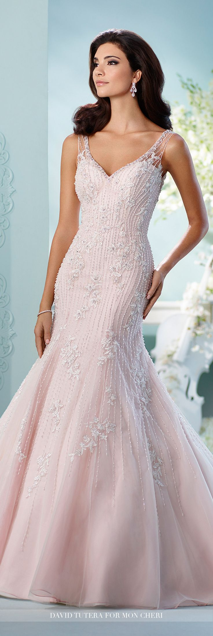 Best 25 trumpet gown ideas on pinterest illusion style for Trumpet style wedding dresses