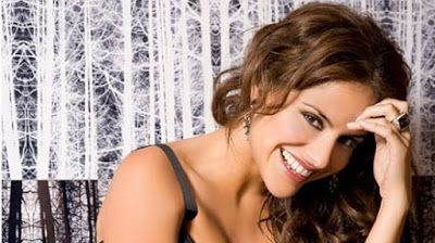 cotibluemos: Mónica Hoyos apoya a Carlos Lozano en GH VIP
