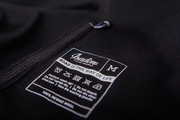 Isadore - 100 % Merino Short Sleeve Baselayer Black #cyclingmemories
