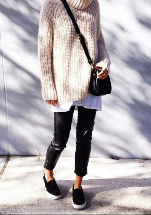 Oversized Sweaters http://rstyle.me/n/q4kbn4ni6