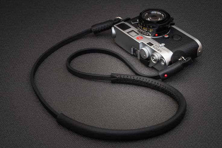 Deadcameras Slim strap & Leica M6