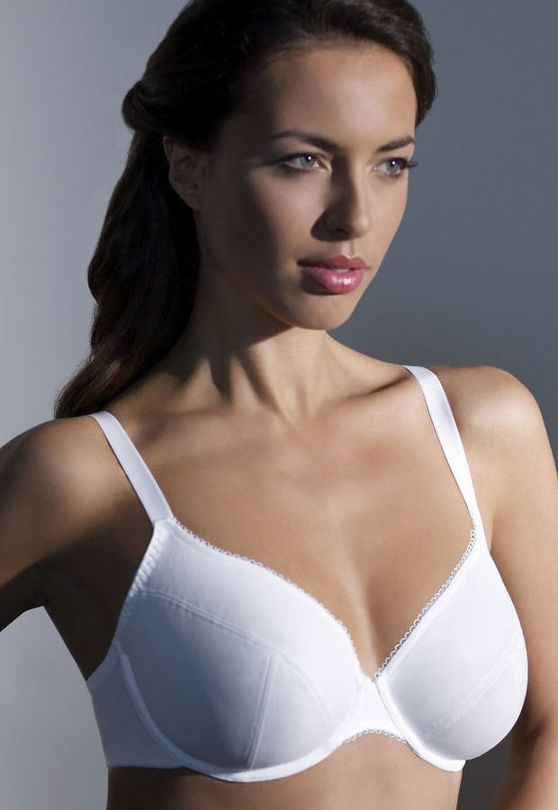 Tango Classic Plunge White (4806) soft wired plunge bra by Panache available in Mambra / Miękki biustonosz na fiszbinach o kroju plunge od Panache dostępny w Mambra.