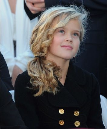 Ava Elizabeth Phillippe ( Reese Witherspoon )