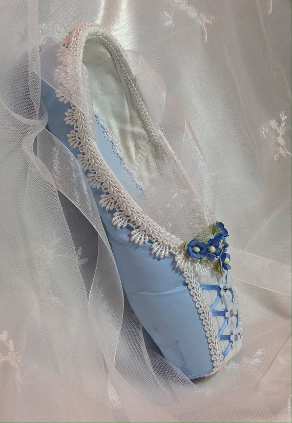 Peasant style blue and white decorated pointe by DesignsEnPointe