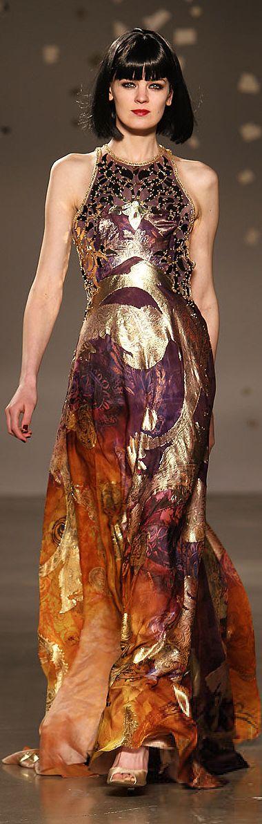 #Farbbberatung #Stilberatung #Farbenreich mit www.farben-reich.com Georges Hobeika Couture YaseminAksu