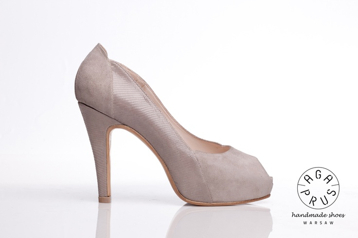 light grey Forget-me-nots by Aga Prus. Peep toe with hidden platform