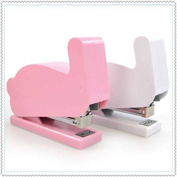 les 25 meilleures id es de la cat gorie agrafes de bureau que vous aimerez sur pinterest id es. Black Bedroom Furniture Sets. Home Design Ideas