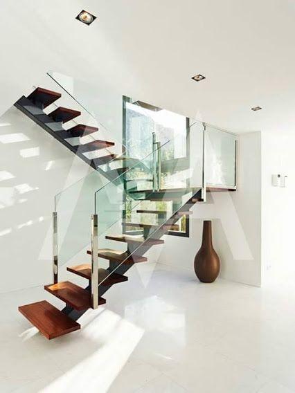 17 mejores im genes sobre escaleras originales en for Apliques para escaleras de comunidad