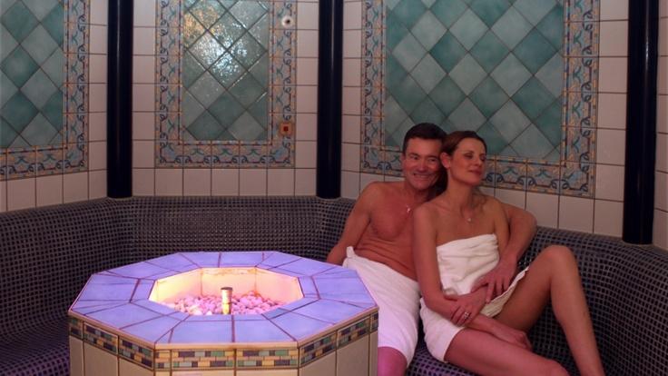 Finnish sauna  Black forest hot room,  Turkish steam bath (Hamam)  Aromatic Steam Room  Kneipp Pool  Whirlpool tub  Solarium