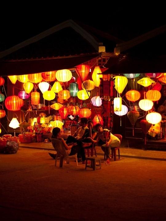 10 best images about lampion on pinterest japanese paper lanterns paper lanterns and solar. Black Bedroom Furniture Sets. Home Design Ideas